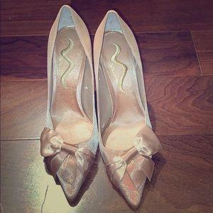 Gold Mia heels size 9